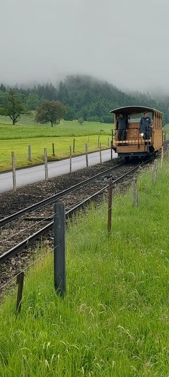 Petite publicité touristique pour le Stanserhornbahn, je crois