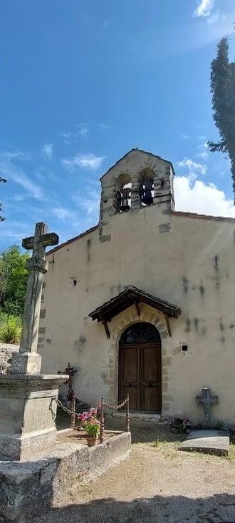Chapelle N.-D de la Salette: un sacré petit béquet: