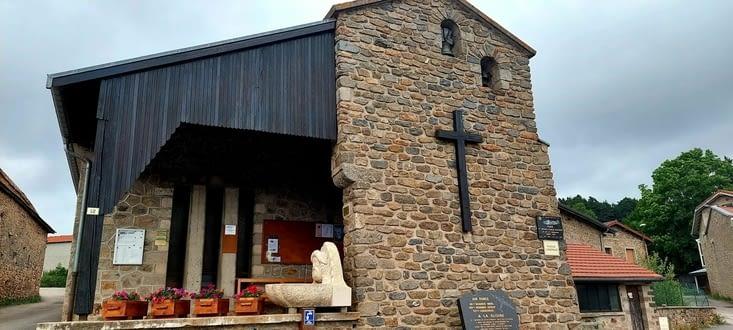 Les Sétoux et sa fameuse Chapelle construite en 1956, plus d'un pèlerin y aura dormi...