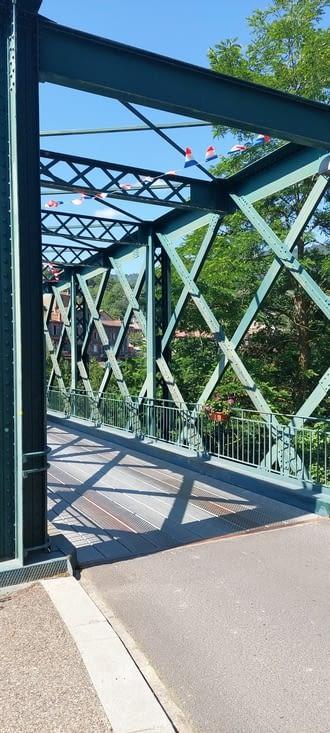 Monistrol, c'est le pont Eiffel (le même que celui de la tour)