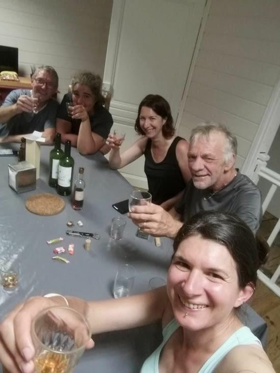 Le soir nous 'fêtons' le départ de Solenne: au menu