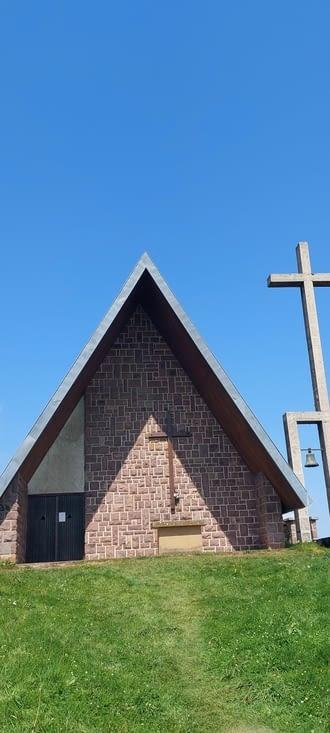 Il manquait une église... la première espagnole: fermée