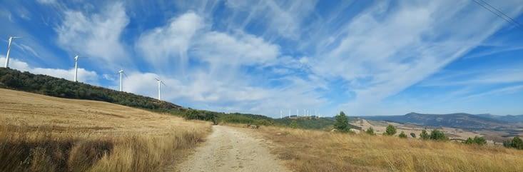 Montée à l'Alto del Perdon, 735m au col...