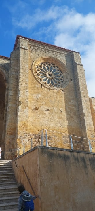 Son église fortifiée templière