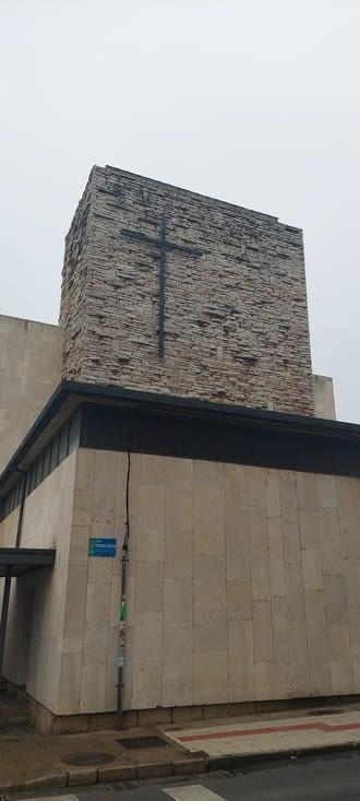 Virgen del Camino, basilique du 20ème siècle
