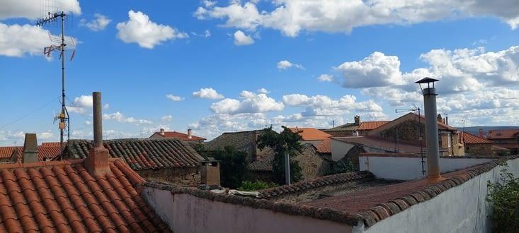 J'ai la choisi la plus belle auberge, mais la vue sur les rares toits est sympa