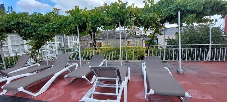 La terrasse de l'Albergue.... il manque plus que le soleil