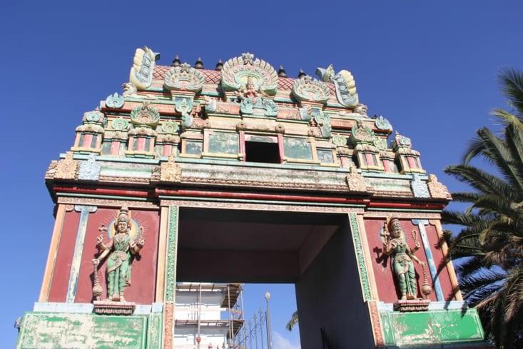 Temple tamoul de Saint Pierre