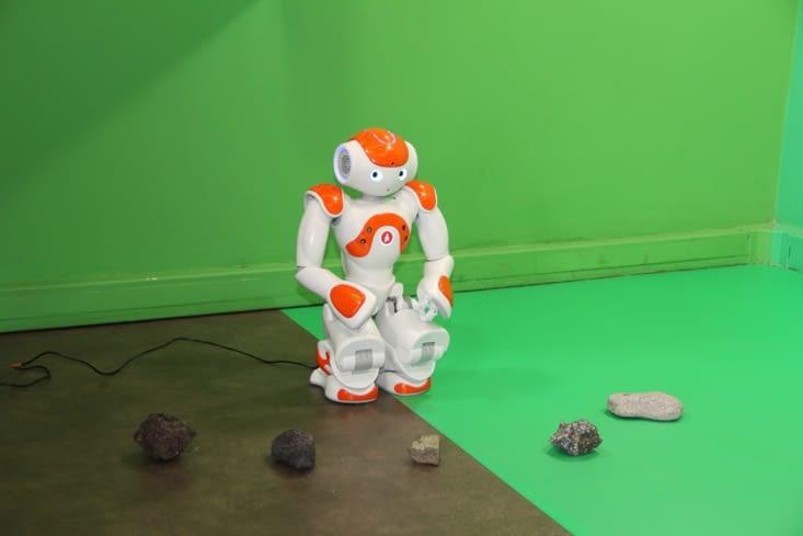 Explication des différentes formes de laves par le robot Nao
