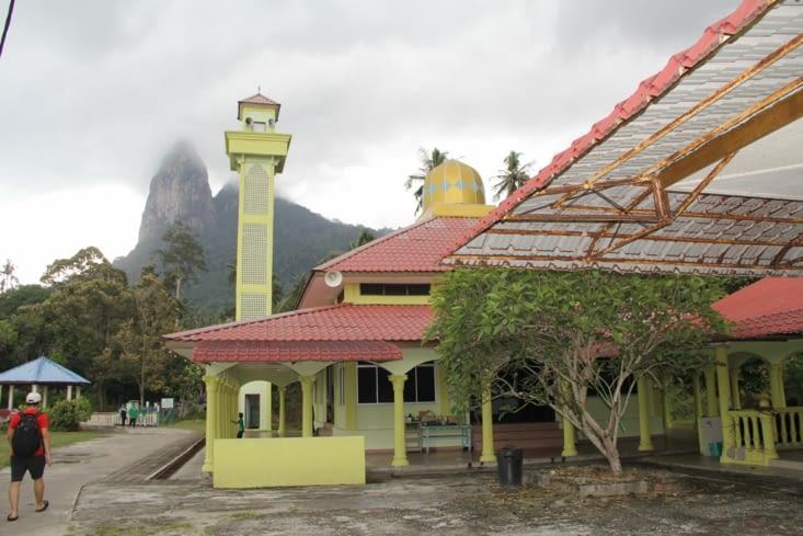 La mosquée qui nous réveille tous les matins