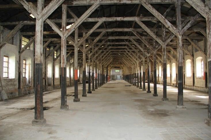 L'usine déserte