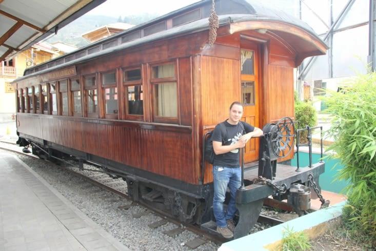 Wagon à la gare d'Alausi