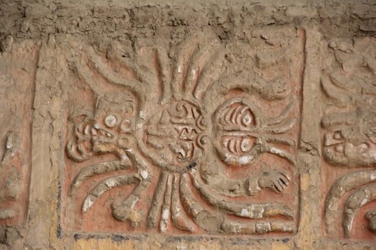 Peinture d'araignée sur le mur extérieur