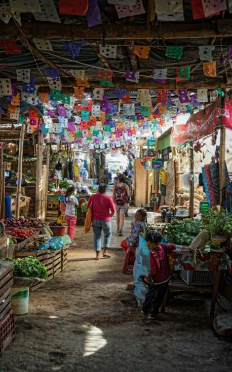 Allée du marché de Nazca