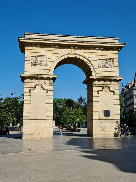 L'entrée du centre, Porte Guillaume