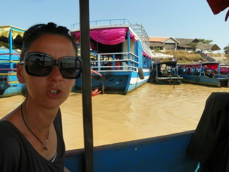 en route vers le village flottant