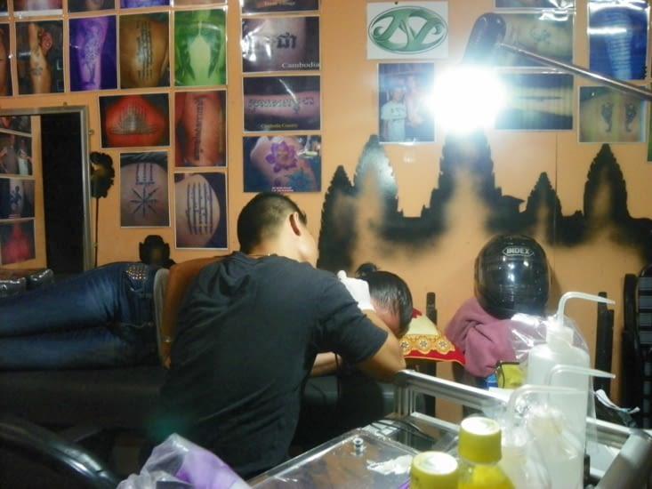 petite cession tatouage qui devient une tradition a chaque voyage