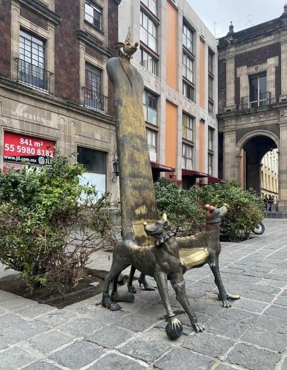 Statue rigolote