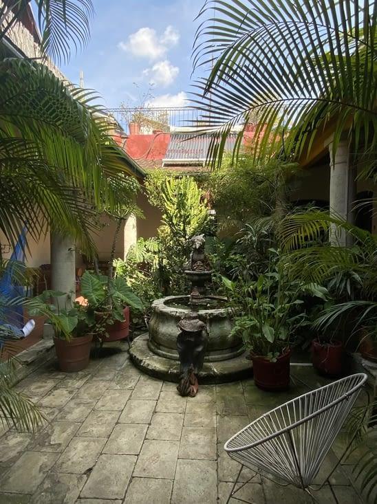 Le patio de notre auberge