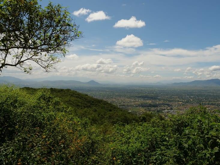 Vue sur la vallée depuis la plateforme Sud