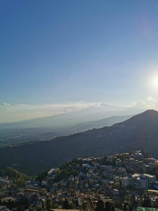 Vue Etna depuis chiesa Madonna della roca
