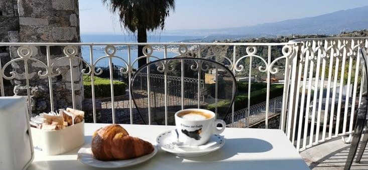 Breakfast taormina
