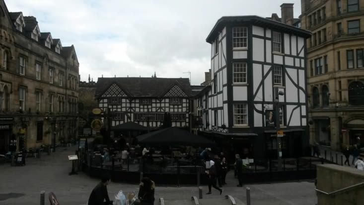 le quartier historique de Manchester est intéressant