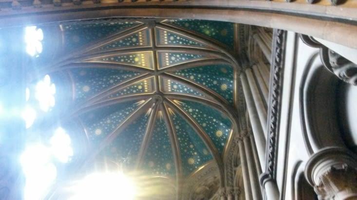 les plafonds étoilés de la mairie de Manchester