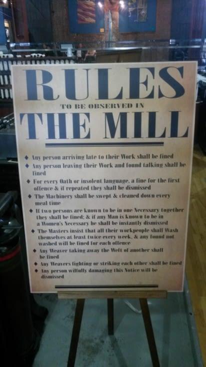 Les règles de vie dans la filature semblent très sévères
