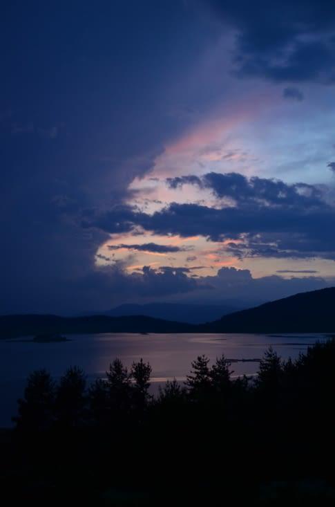 Petit coucher de soleil près du lac de Batak