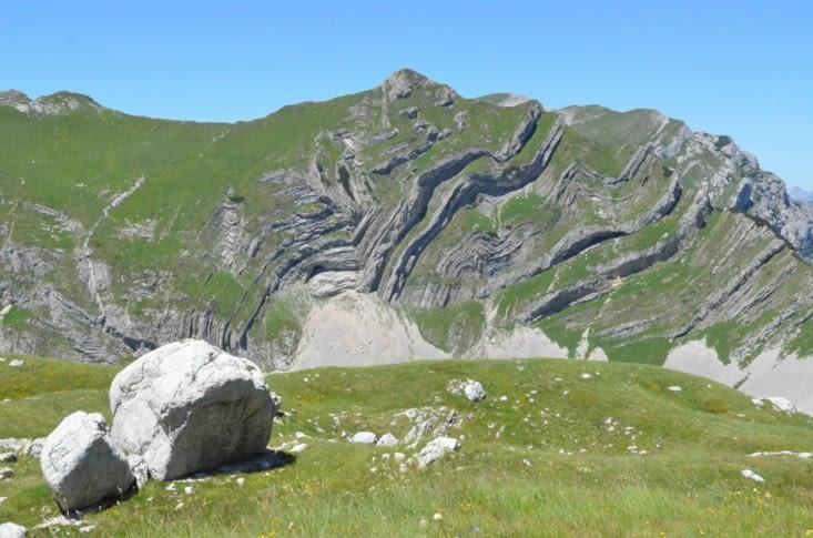 Marche de 30km à flanc de vallée