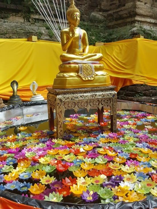 Jour de cérémonie avec une amie thaï