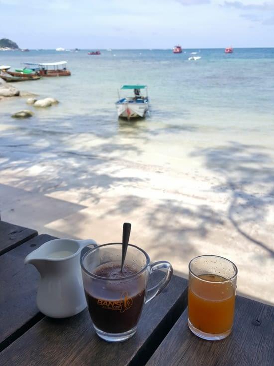 Les petits déjeuners au bord de la plage !