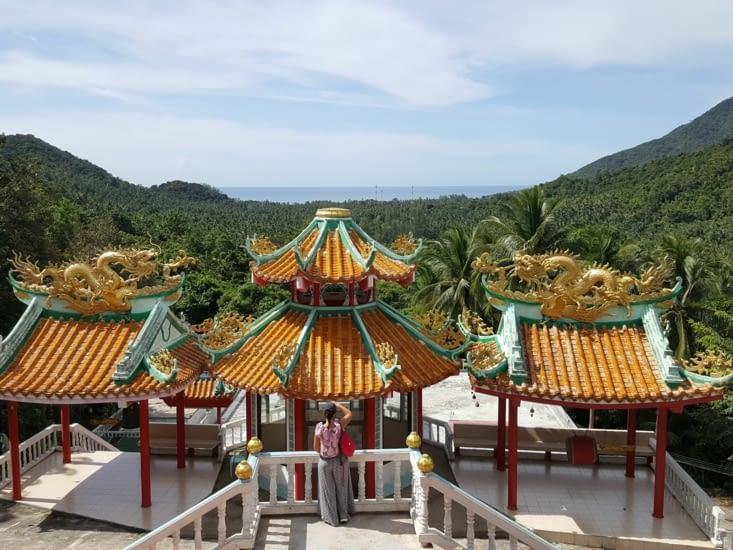 Temple chinois dans les montagnes
