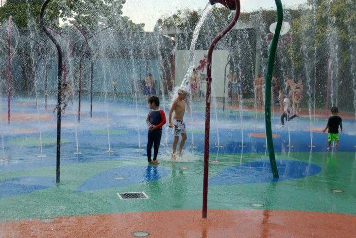 Jeux d'eau dans un jardin