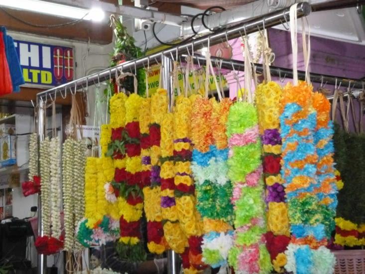 Les colliers de fleurs