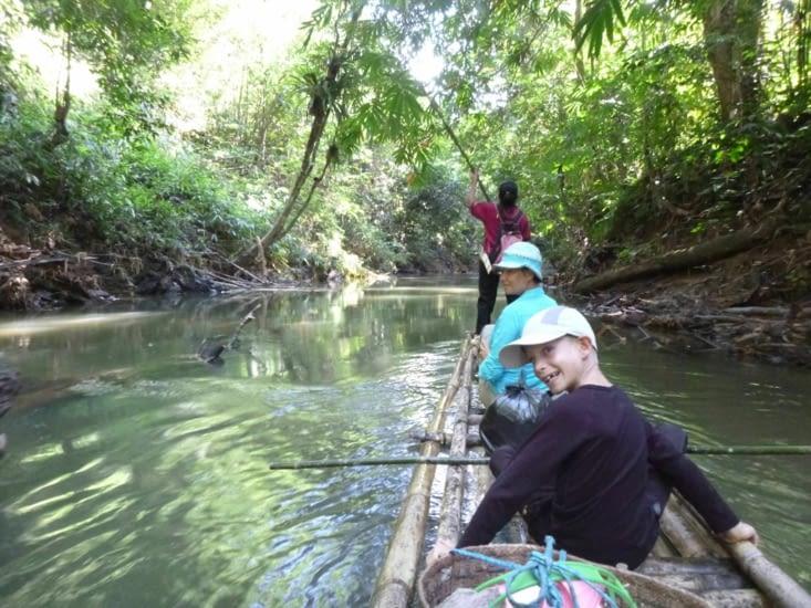 Départ pour le bamboo raft (Christophe Colomb est un rigolo)