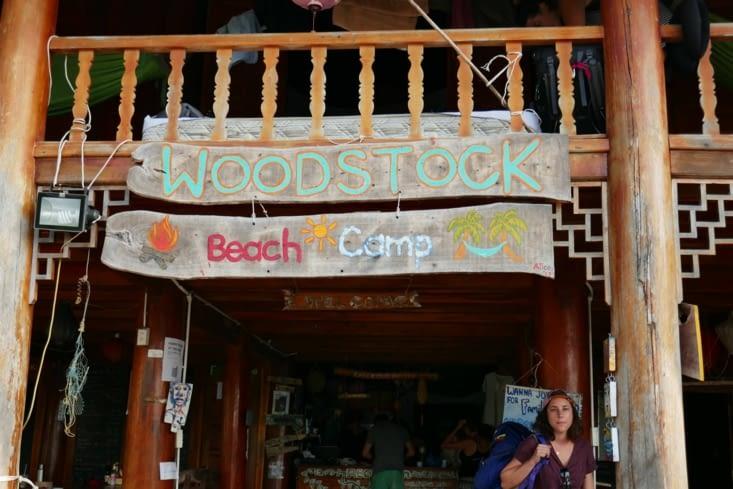 Arrivée à notre hôtel qui s'appelle...WOODSTOCK