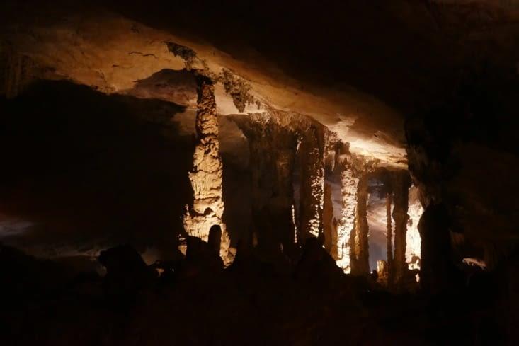 Stalactites et stalagmites: mais qui est qui ?