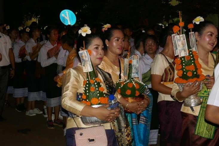 Et puis une procession aussi