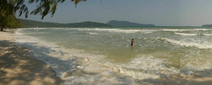 Lorsque la mer est mouvementée il suffit de traverser l'île pour avoir une mer d'huile
