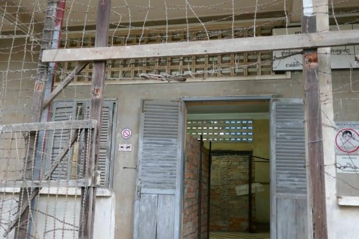 Les cellules individuelles au rez-de-chaussée  et les collectives aux étages