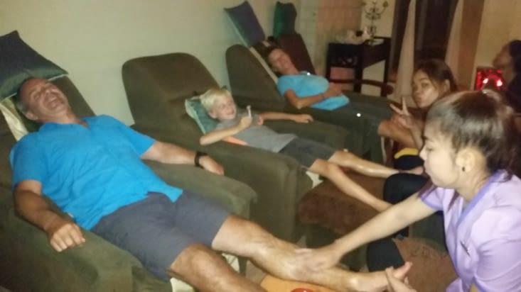petite séance commune de massages des pieds