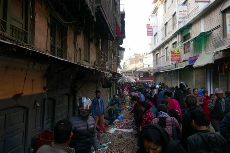 Les rues se chargent de plus en plus après 7h du matin