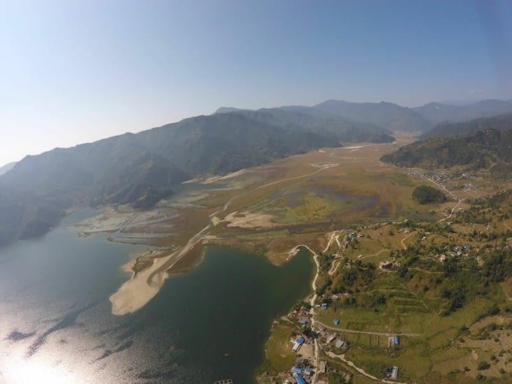 Vue du lac qui se rapproche rapidement