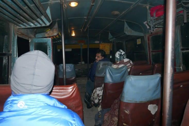 dans notre super bus 300% local