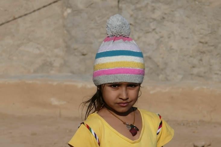 Et ouais la mode est au bonnet, même dans le désert ...