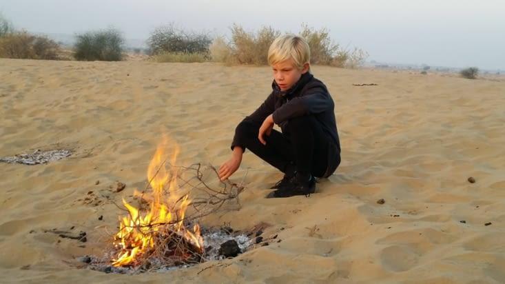 Un petit feu pour se réchauffer le matin...