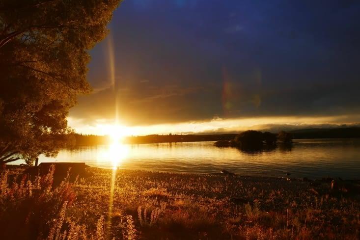 Et le coucher de soleil à l'autre bout du monde