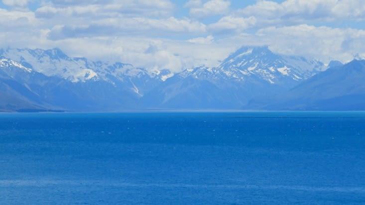 Mer et montagnes.... pardon... lac et montagnes